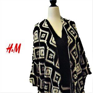 Poncho with Aztec Pattern by H&M Divided